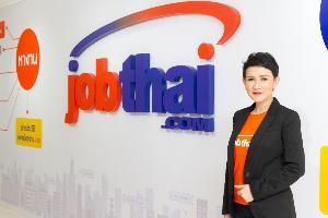 นางสาวแสงเดือน ตั้งธรรมสถิตย์ ผู้ร่วมก่อตั้งและหัวหน้าผู้บริหารด้านปฏิบัติการจ๊อบไทย (JobThai)