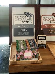 """""""ภราดัย"""" Crafted Chocolate&Cafe' ประกาศศักดาโกโก้เมืองคอน คว้าชัยเวทีโลก"""