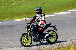 Test Ride ยามาฮ่า เอ็มที-หนึ่งห้า : ขี่แล้วเหมือนได้เมียเด็ก