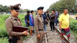 แชมป์เครื่องเสียงประเทศไทยขับเก๋งฝ่าเครื่องกั้นชนรถไฟสุพรรณบุรี-กรุงเทพฯ ดับคารางที่ราชบุรี