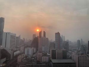 PM 2.5 ราคาที่ต้องจ่ายของ Thailand 4.0 !/ดร.สรวงมณฑ์ สิทธิสมาน