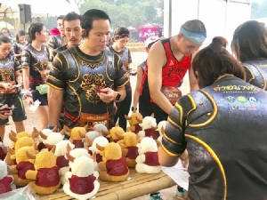 """นักวิ่งกว่า 5,000 ร่วมเชิดชูเกียรติพระเจ้าตากสิน """"ค่ายบางกุ้งมินิมาราธอน ครั้งที่ 2"""""""
