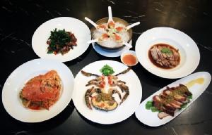 """""""เลิศทิพย์"""" เลิศรสอาหารไทย จีน ซีฟู้ด รสมือเชฟกระทะเหล็ก"""
