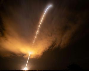 ภาพ ยาน Parker Solar Probe ทะยานจากฐานปล่อยจรวด (AFP)