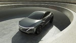 """""""ยูตากะ ซานาดะ"""" แห่งนิสสัน แนะเปลี่ยนวิถีการขับขี่สู่รถพลังงานไฟฟ้า"""