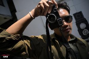 ชีวิตหลังวิวไฟน์เดอร์ของ 'วิรุนันท์  ชิตเดชะ' ไลก้าแอมบาสเดอร์ประเทศไทย ช่างภาพผู้สนใจเรื่องราวระหว่างทางมากกว่าจุดหมาย class=