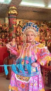 """ไหว้ยังไงให้เฮงรับตรุษจีน!! """"อ.บ๊อบบี้ ตัวแม่มูเตรู"""" เผยวิธีที่ถูกต้อง ไหว้ขอพรเทพเจ้าโชคลาภ"""