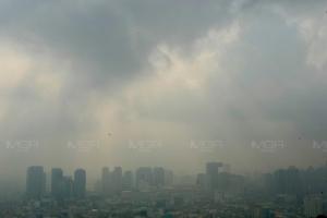 กทม.-ปริมณฑล ฝุ่นลดเกือบทุกพื้นที่ เกินมาตรฐาน 22 จุด คาดพรุ่งนี้ PM2.5 แนวโน้มลดลง