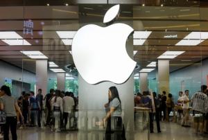 """ยอดขาย """"แอปเปิล"""" ในจีนดิ่ง 27% อดีตผู้บริหารซัดปรับตัวเข้ากับตลาดจีนช้าเกินไป"""