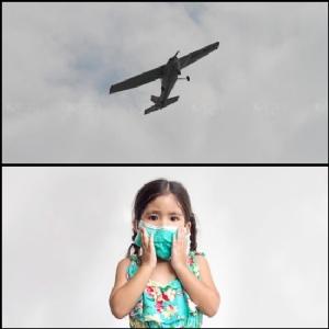 เครื่องบินเล็กของโรงเรียนการบินกรุงเทพ 1 ใน 8 ลำ ที่ขึ้นบินโปรยละอองน้ำ เพื่อลดฝุ่น PM 2.5 เหนือถนนพระราม 2 เขตบางขุนเทียน ซึ่งมีค่าฝุ่นละอองเกินมาตรฐานสูงที่สุด (2 ก.พ.)