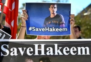 """สรุปข่าว """"ฮาคีม"""" นักบอลเจ้าของแฮชแท็ก #savehakeem ผู้เฝ้ารออิสรภาพจากไทย (คลิป)"""