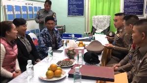 """สะพัด!พม่าเตรียมส่งกลับ 81 คนไทยคืนนี้ มีแก๊งโก๋แก่มันทุกเม็ด 5 ราย แต่ไร้เงา""""เทพบุตรโซโล"""""""