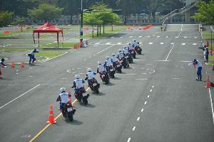 """ตำรวจไทยคึกคัก! โดดร่วมศึก """"ฮอนด้าแข่งขันทักษะขับขี่ปลอดภัย"""""""