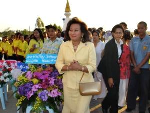 """คุณหญิงพจมาน ชินวัตร ภรรยาอดีตนายกทักษิณ ร่วมงาน """"วันแห่งชัยชนะ สมเด็จพระนเรศวรมหาราช (กองทัพไทย)"""" ที่ อนุสรณ์สถานเทวาลัยไทรทองเทพนิมิต นครราชสีมา เมื่อ 18 ม.ค.2550"""
