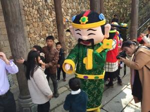 ท่องเที่ยวจีนเงินสะพัดตรุษจีน กว่า 5 แสนล้านหยวน