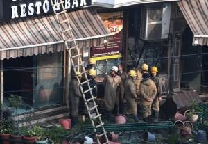 ไฟไหม้โรงแรมใน 'นิวเดลี' แขกสำลักควันตาย 17 ศพ