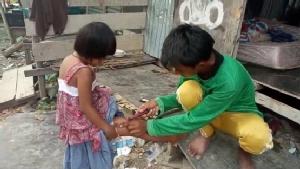 รันทดพ่อป่วยเลี้ยงดูลูกป่วยเพียงลำพัง รับจ้างก่อสร้างอดมื้อกินมื้อ