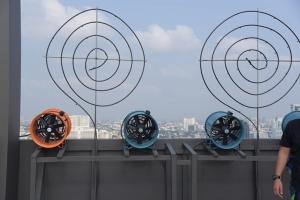 "LPN ติดสเปรย์พ่นน้ำชั้นดาดฟ้าคอนโด ""ลุมพินี"" 150 โครงการ ฉีด 3 เวลาลดฝุ่น PM 2.5"
