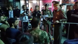 ปิดล้อมตรวจค้นต่างชาติผิวสีครั้งที่ 44 จับต่างด้าวอยู่ในไทยโดยผิดกฎหมาย 522 ราย