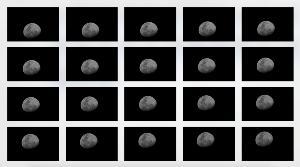 ตัวอย่างภาพถ่ายดวงจันทร์บนขาตั้งกล้อง โดยแต่ละภาพดวงจันทร์จะเปลี่ยนตำแหน่งไปเรื่อยๆ ตามการเคลื่อนที่ของดวงจันทร์