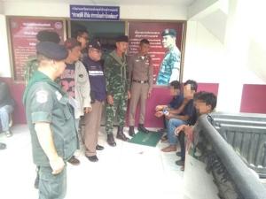 ทหาร ฉก.จงอางศึก-ตชด.รวบพม่าขนกระท่อมผงข้ามชายแดนไทย