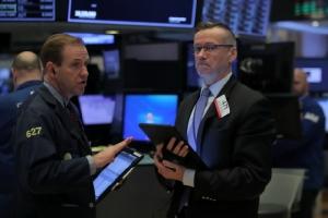 น้ำมันลง-ทองคำดิ่ง $20 หุ้นสหรัฐฯ ปิดลบกังวลเศรษฐกิจอเมริกาส่งสัญญาณทรุดตัว