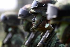 ท.ทหารต้องอดทน  ในยุคการเมืองอับจนนโยบาย