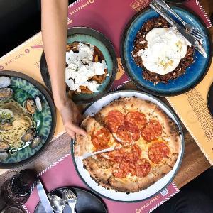มอซซ่าบายโคคอต (Mozza By Cocotte) เทรนด์อาหารอิตาเลียนสุดล้ำ  เต็มเติมรสชาติอาหารอิตตาเลี่ยนให้เป็นมื้อโปรดของคุณ ณ ห้างเอ็มควอเทียร์