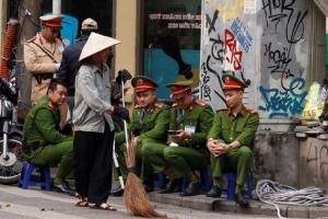 """In Pics:กองทัพสหรัฐฯจับตา """"ฮานอย ซัมมิต"""" ใกล้ชิด  - สมาชิกสภาคองเกรสเรียกร้อง """"ยุติสงครามเกาหลีเป็นทางการ"""""""