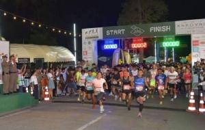 """นักวิ่งกว่า5,000คนเข้าร่วม """"ยูนิครันนิ่ง เขาใหญ่ฮาล์ฟมาราธอน2019"""""""