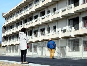 โรงเรียนมัธยมเคเซ็นนูมะ โคโย ที่เสียหายยับเยิบจากคลื่นสึนามิถูกเปลี่ยนเป็นอนุสรณ์สถาน