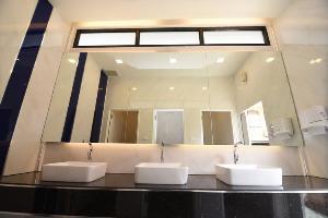"""แลนด์มาร์กหนองคาย """"วัดโพธิ์ชัย"""" นักท่องเที่ยวพุ่ง ปรับ """"ห้องน้ำมาตรฐานโลกรองรับ"""""""