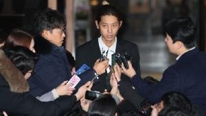 """""""ซอน"""" รับไม่ได้ ลบรูป-เลิกติดตาม IG นักร้องเกาหลีที่ถูกแฉถ่ายคลิปฉาว"""