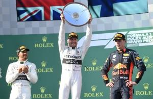 """""""บ็อตทาส"""" ซิ่งไม่เห็นฝุ่น หยิบแชมป์เปิด F1 """"อัลบอน"""" แข่งจบเรซ"""