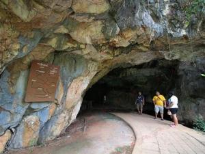 ๓ เจ้าเมือง กลันตัน ตรังกานู ปะหัง สร้างพระพุทธไสยาสน์! เป็นที่มาของบ่อน้ำศักดิ์สิทธิ์บรมราชาภิเษก!!
