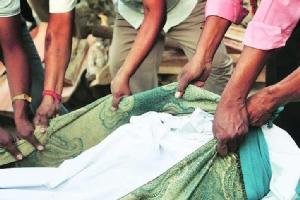 """สุดสลด! เด็กสาวอินเดียวัย 12 ถูก """"พี่ชาย-ลุง"""" รุมโทรมก่อนฆ่าอำมหิต"""