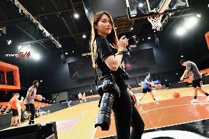 'กุ๊กไก่-อรวิสา  ทิวไผ่งาม' หญิงสาวผู้พิชิตฝันด้วยการถ่ายภาพการแข่งขันบาสเกตบอล