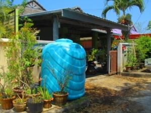 ภัยแล้งคุกคาม! ย่านเขาหลัก พังงา ขาดแคลนน้ำอย่างหนัก ประปารสเค็ม ขึ้นขี้เกลือ ต้องซื้อน้ำใช้