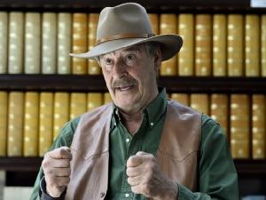 """In Clips: ระทึก!! อดีตปธน.เม็กซิโก """"ฟ็อกซ์"""" ถูกกลุ่มมือปืนพยายาม """"บุกบ้าน"""""""
