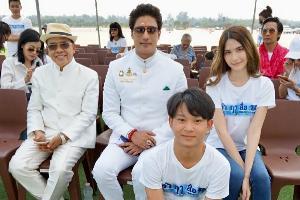 """""""กากัน มาลิค""""ประเดิมเล่นหนังไทย นำทีมนักแสดงบวงสรวง """"เล่าฤาสื่อIV"""""""