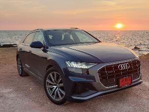 Audi Q8 55TFSI สปอร์ต นุ่ม หนึบ