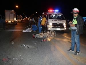 ชายชาวพม่าเมาควบรถ จยย.ชนคนไทยดับ เก๋งขับตามหลังชนรถซ้ำจนกระเด็น