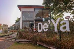 """De'Ya Cafe"" เติมความหวาน ท่ามกลางบรรยากาศร้านสุดชิค"
