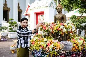 สงกรานต์ปีนี้... คนเฝ้าเมืองกรุงเช็กอินที่ไหนดี?