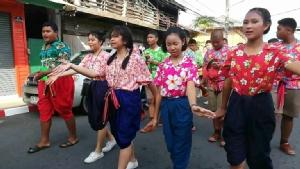 ชาว อ.ขลุง จ.จันทบุรี พร้อมใจสานกิจกรรมงานสงกรานต์ 2 ศาสนา 3 วัฒนธรรม