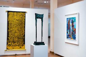 """ชมงานศิลป์ของศิลปินชั้นครู ในนิทรรศการ """"ศิลปกรรมกรุงไทย ครั้งที่ 4"""""""