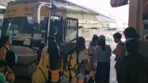 คนเดินทางคึกคักสถานีขนส่งผู้โดยสารเชียงใหม่วันหยุดสุดท้ายสงกรานต์ 62