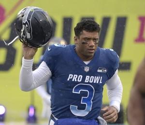 """""""วิลสัน"""" ยืดสัญญา """"ซีฮอว์กส"""" ถึงปี 2023 ทุบค่าจ้างแพงสุด NFL"""