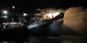 เพลิงไหม้วอดเรือข้ามฟากจอดกลางอ่าวพัทยา จนท.เร่งหาสาเหตุ