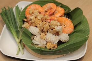 พารากอน ฟู้ดฮอลล์ ชวนชอป-ชิมของดีของอร่อยสไตล์ไทย จากตลาดน้ำชื่อดังย่านต่างๆ